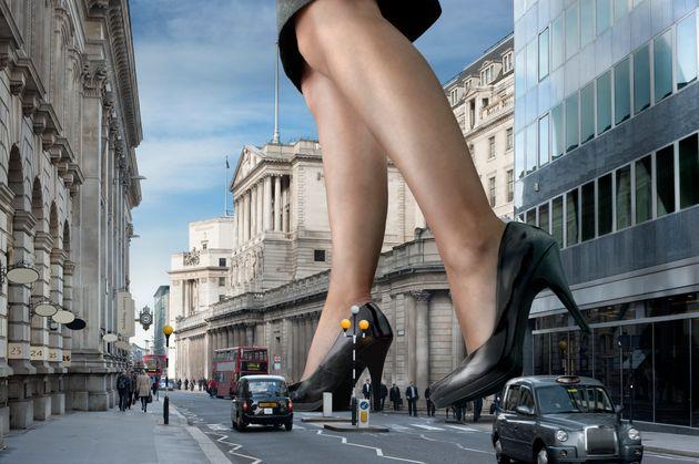 Macrophilia: Men Who Fantasise About Giant Women Want Virtual Reality To Bring Fantasies To
