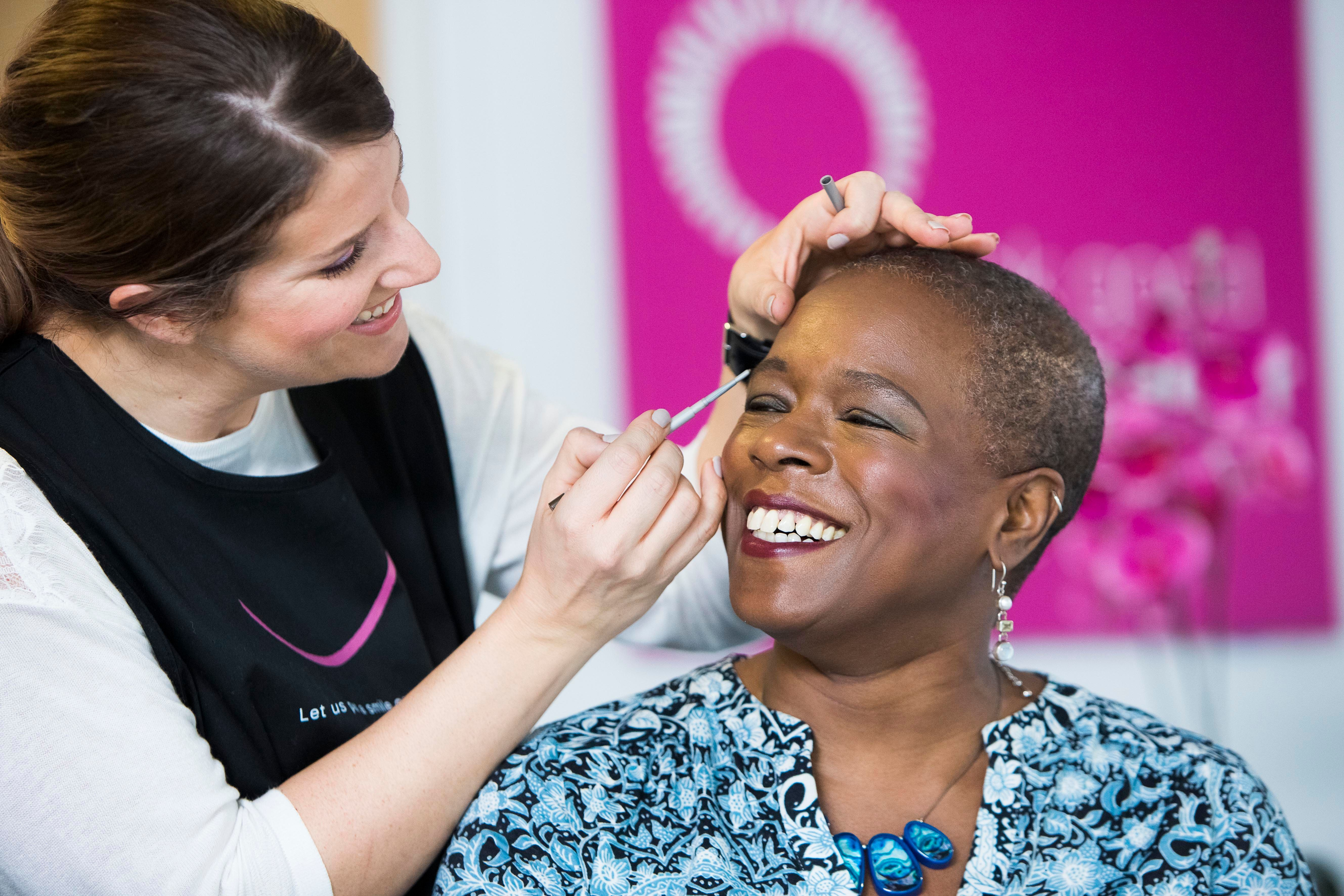 This Makeup Tutorial Can Help Cancer Patients Look Good And Feel