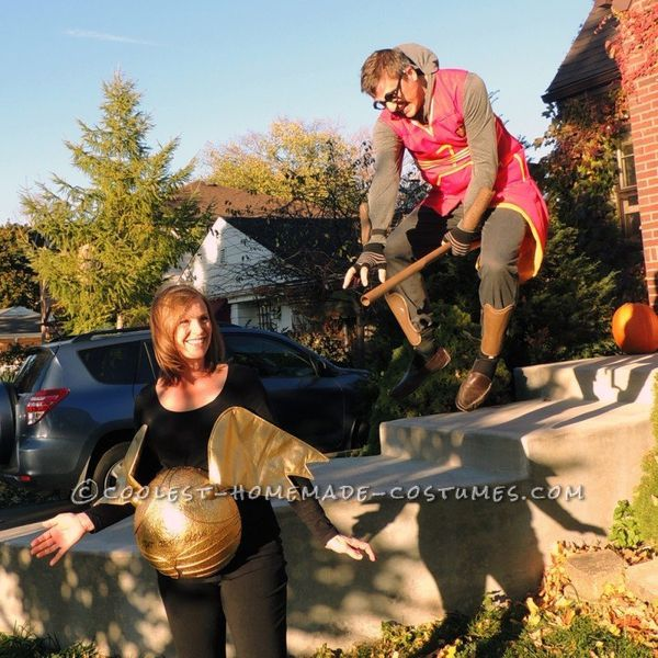 """Via <a href=""""http://ideas.coolest-homemade-costumes.com/2014/11/02/amazing-pregnant-couples-harry-potter-seeker-snitch-costum"""