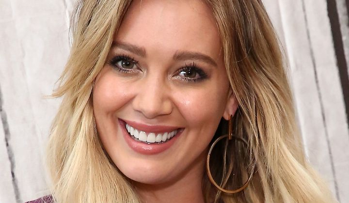 Hilary Duff And Boyfriend Offend With Racist Pilgrim And Native ...
