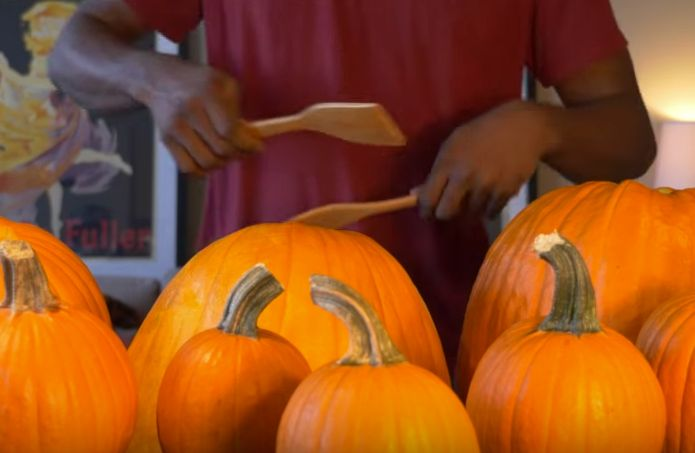 'Ghostbusters' Theme Song Gets The Halloween Pumpkin Remix It