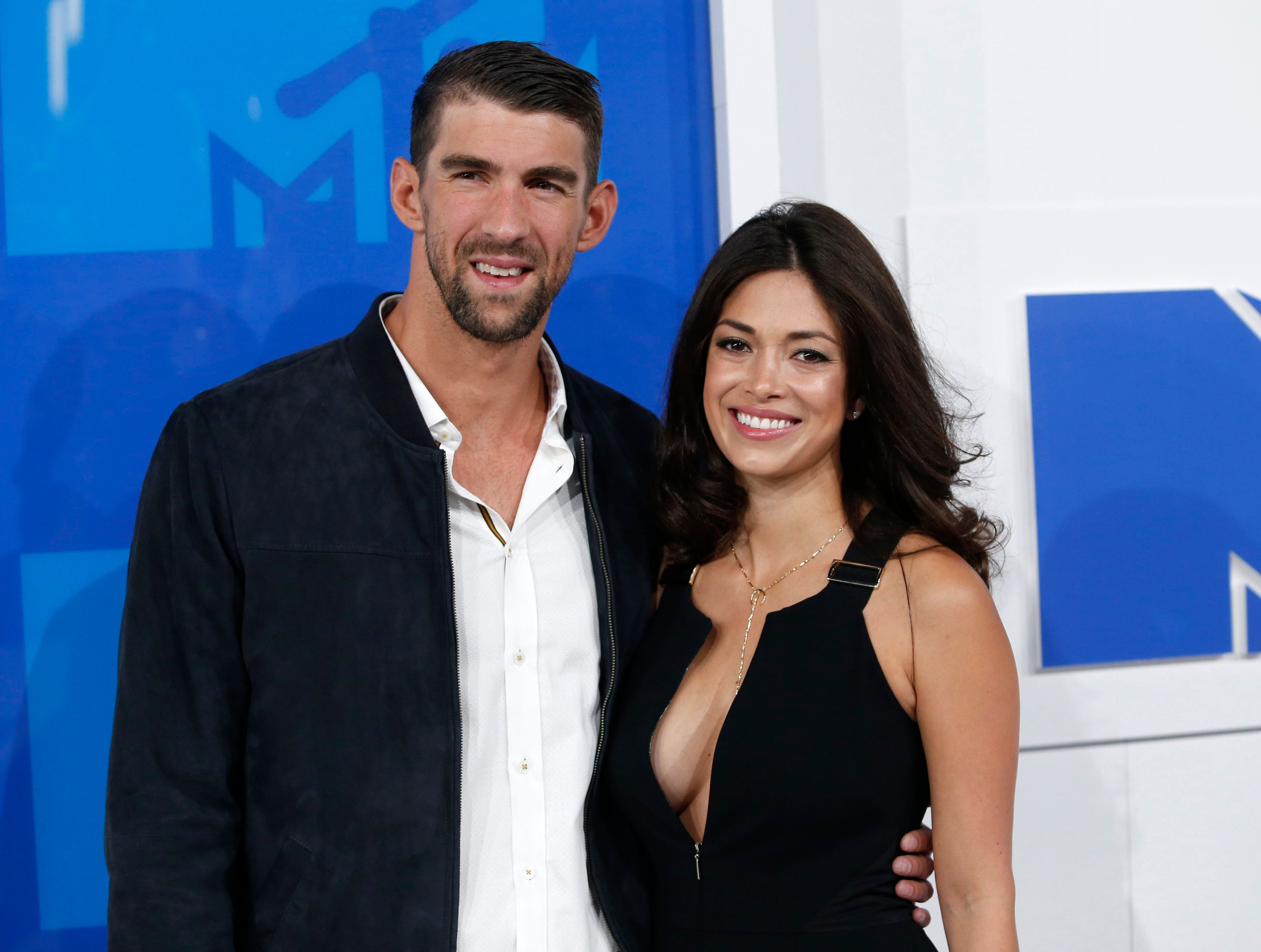 Michael Phelps Reveals Secret Mexico Wedding In Instagram