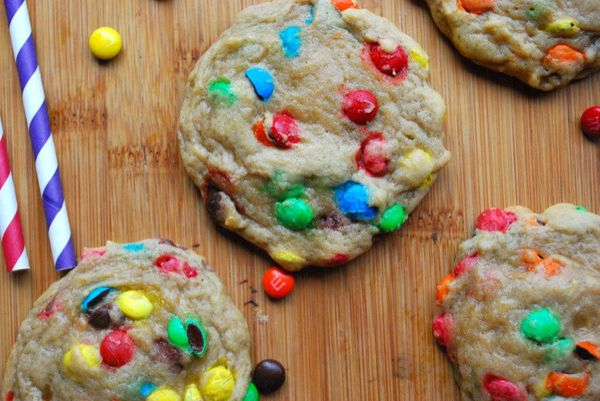 """<strong>Get the <a href=""""http://thedomesticrebel.com/2013/01/03/rainbow-mm-cookies/"""" target=""""_blank"""">Rainbow M&M Cookies reci"""