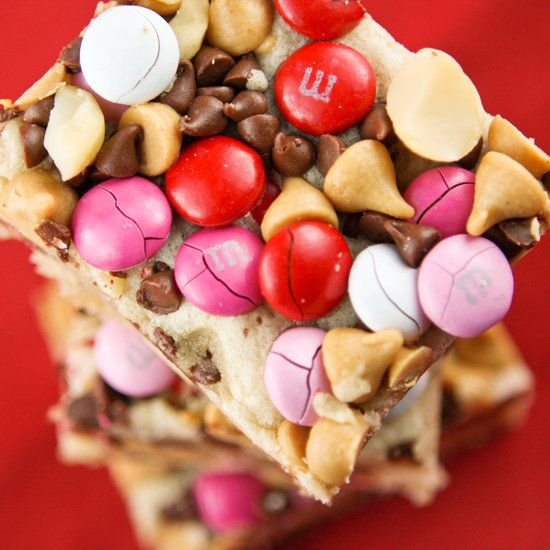 """<strong>Get the <a href=""""http://www.pipandebby.com/pip-ebby/2012/1/30/loaded-cookie-bars.html"""" target=""""_blank"""">Loaded Cookie"""
