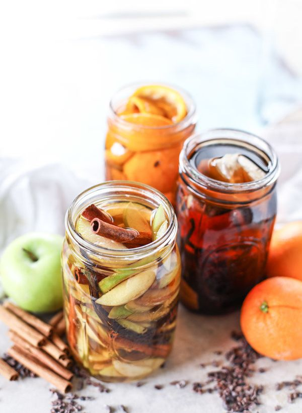 """<strong>Get the <a href=""""http://www.howsweeteats.com/2016/10/infused-bourbon-three-ways/"""" target=""""_blank"""">Infused Bourbon rec"""