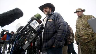 Ammon Bundy addresses the media at the Malheur National Wildlife Refuge near Burns, Oregon, January 4, 2016.  REUTERS/Jim Urquhart/File Photo