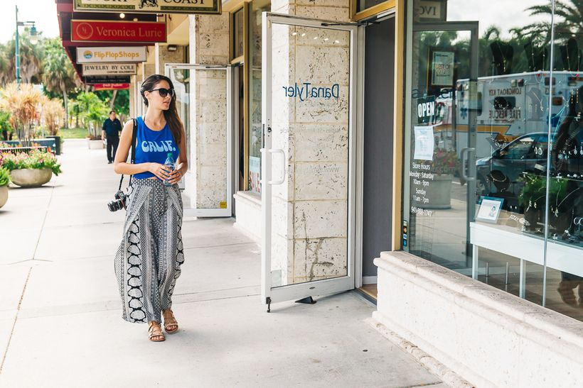 Shopping at St. Armands Circle in Sarasota