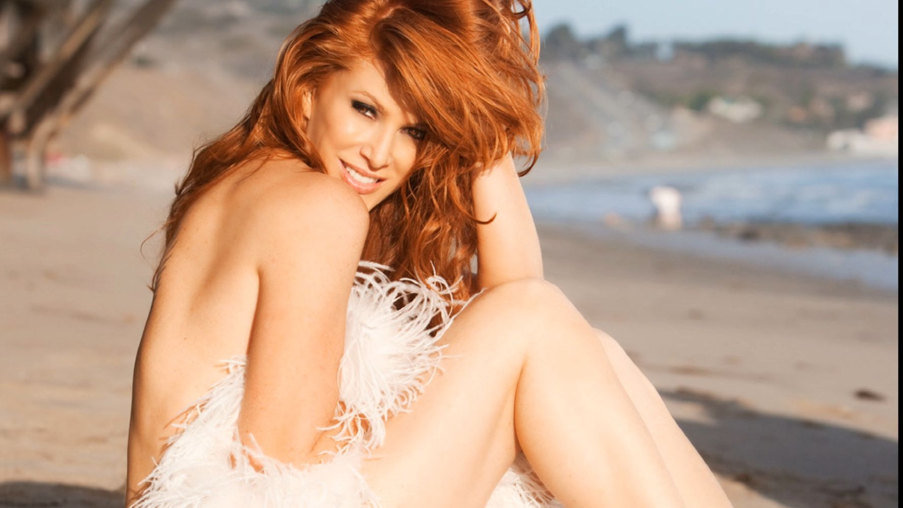 Angie Everhart Naked Pics how angie everhart landed playboy's 'best contract' in its