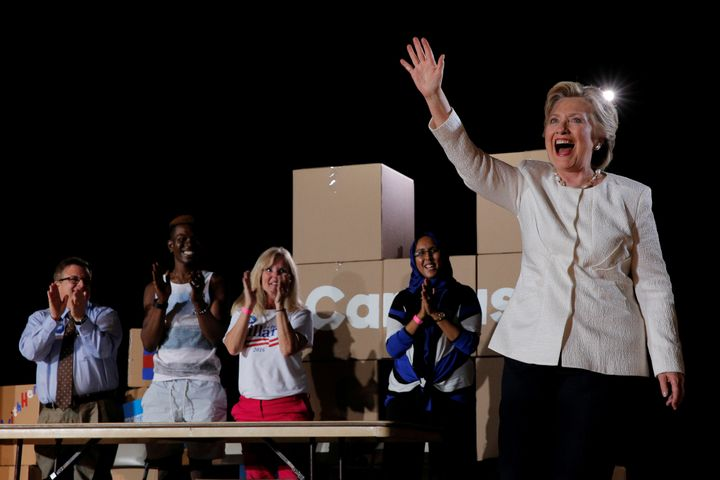 Democratic presidential nominee Hillary Clinton urged supporters in Sanford, Florida, to cast their ballots in the remaining