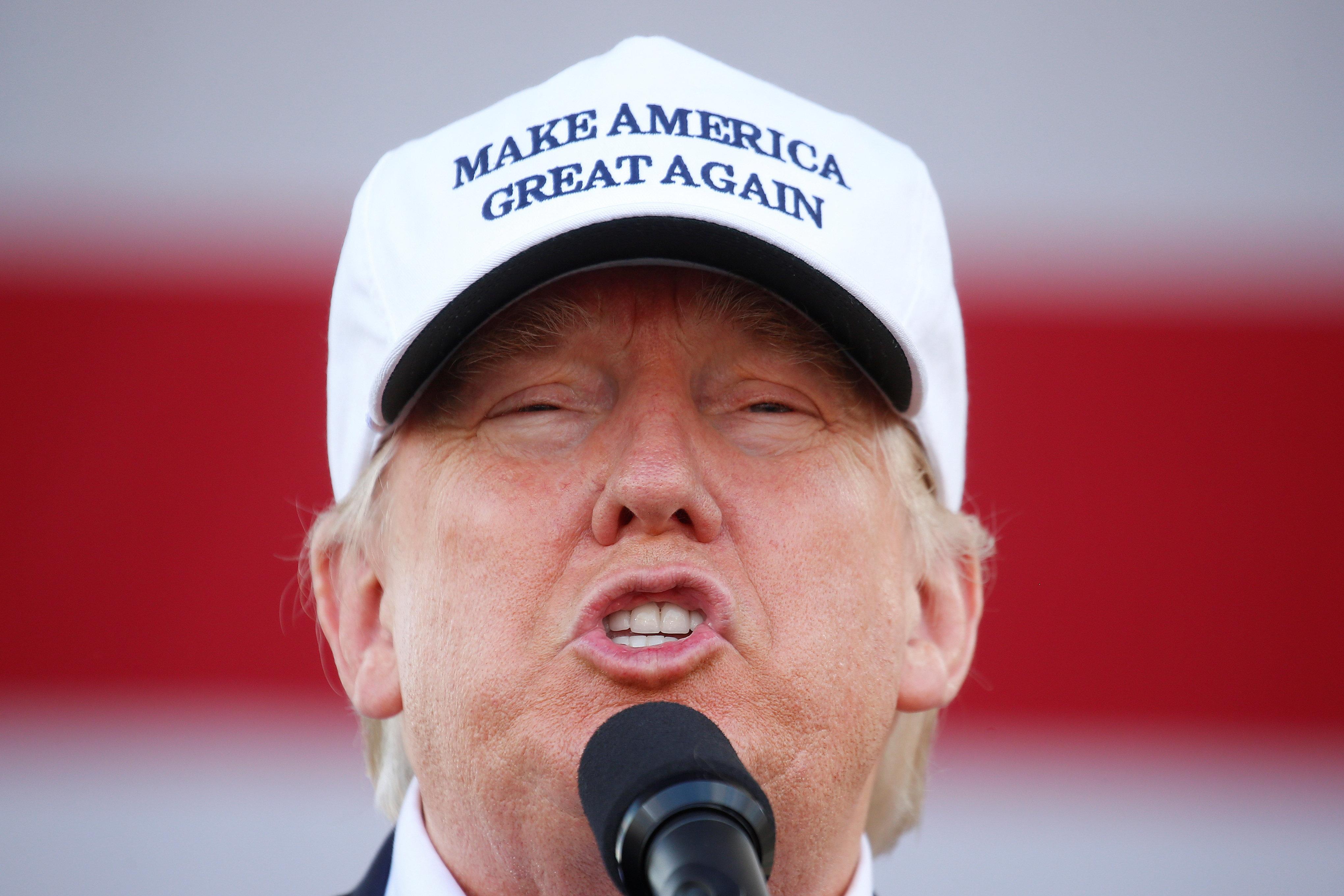 Republican presidential nominee Donald Trump holds a campaign event in Miami, Florida U.S. November 2,  2016.   REUTERS/Carlo Allegri