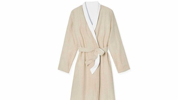 "<strong>Plush Life </strong><br><br>""When linen meets organic cotton terry, you get a really sublime robe, perfect to wear wh"