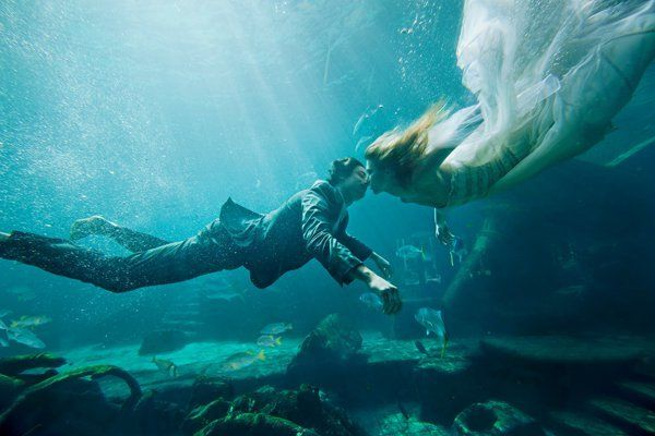 <strong>Underwater Wedding in the Ruins Lagoon at Atlantis, Paradise Island: </strong>Sure, you could go the white sandy beac