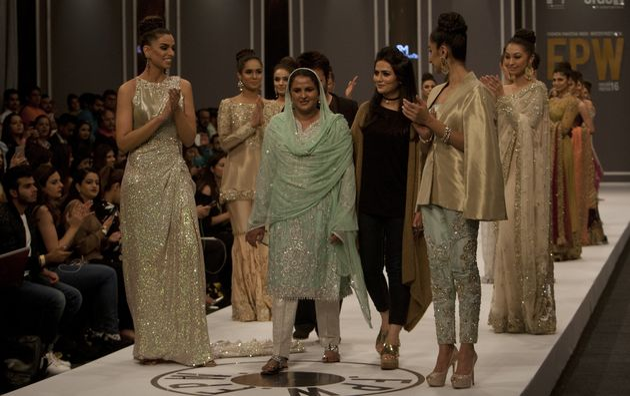 Rape Survivor Mukhtar Mai Walks The Runway At Pakistan Fashion Week To A Standing