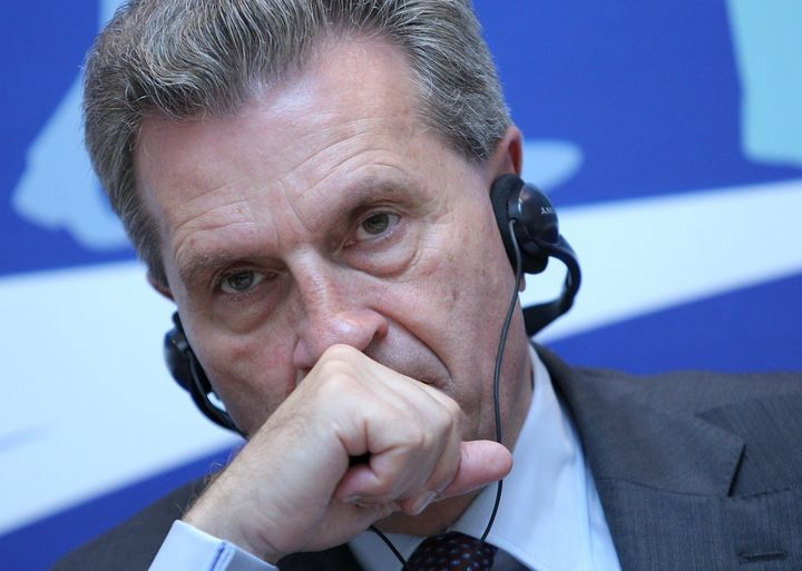 Above, Gunther Oettinger talkstopress at a panelon the problems of the digital economy in Kiev, Ukraine on