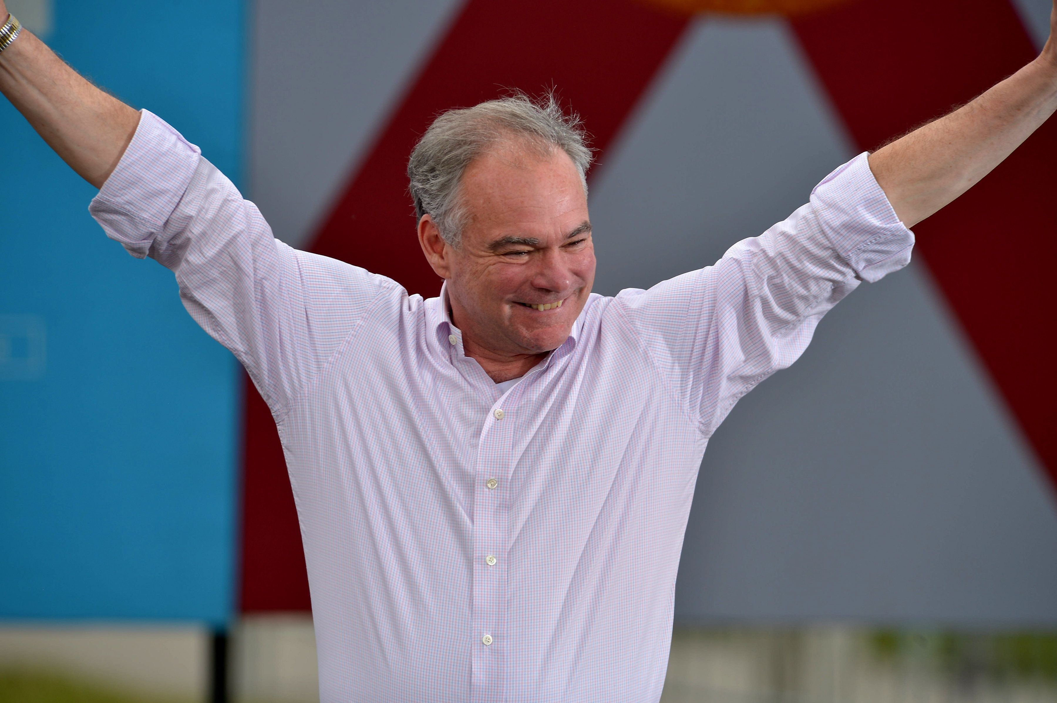 The former roommate of Sen.Tim Kaine (D-Va.)  lavished praise on the Democratic vice presidential candidate in a lengthy