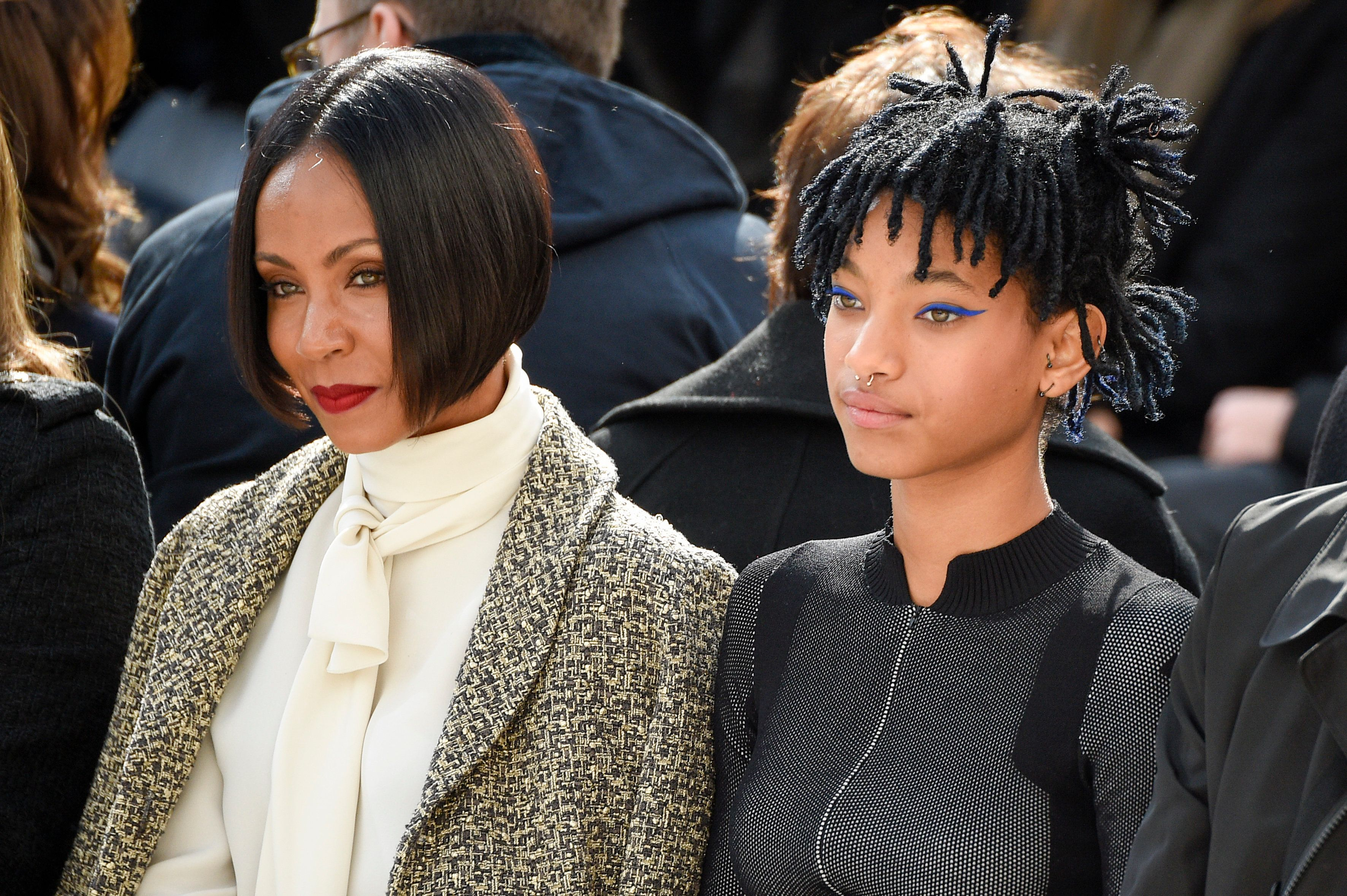PARIS, FRANCE - MARCH 08:  Jada Pinkett Smith and Willow Smith attend the Chanel show as part of the Paris Fashion Week Womenswear Fall/Winter 2016/2017 on March 8, 2016 in Paris, France.  (Photo by Peter White/Getty Images)