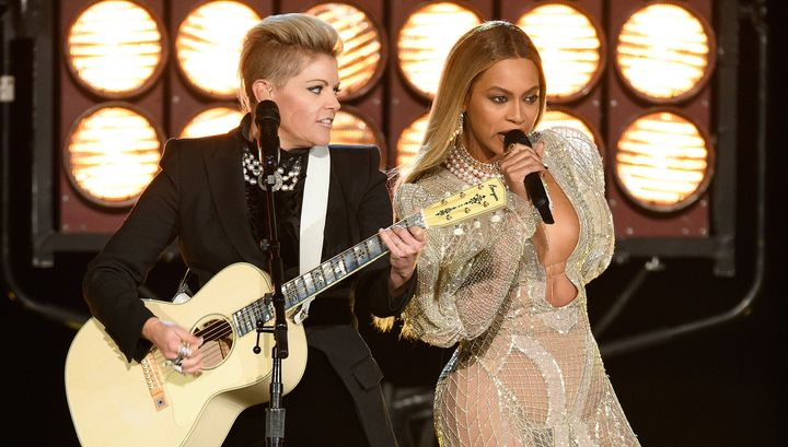 NATALIE MAINES (L) and BEYONCE