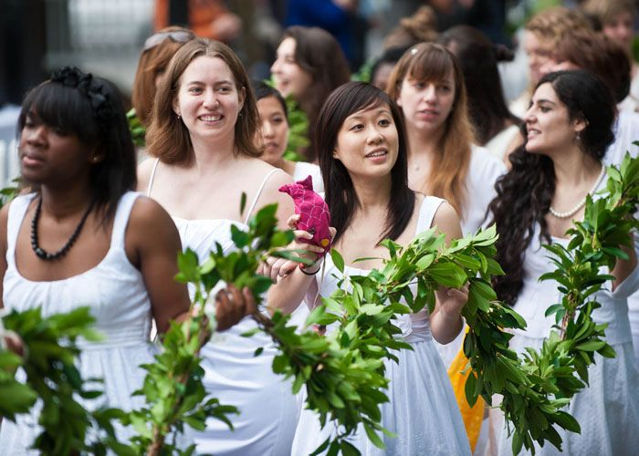Graduating seniors at Mount Holyoke College in South Hadley, Massachusetts wear all white and carry a laurel chain to honor t