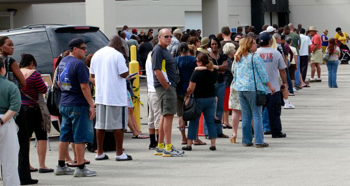 Long lines of voters are seen at the Supervisor of Elections office in West Palm Beach, Florida November 5, 2012.