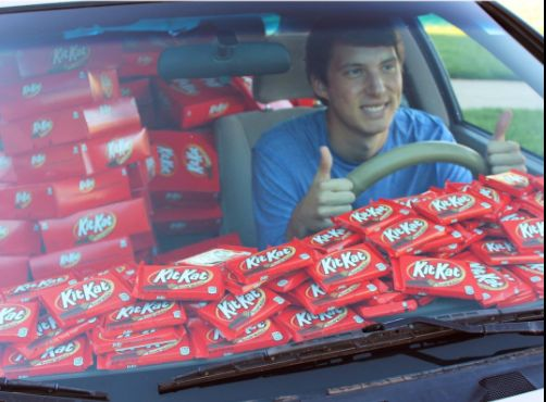 Student's Car Filled With 6,500 Kits Kats After Thief Steals His Chocolate