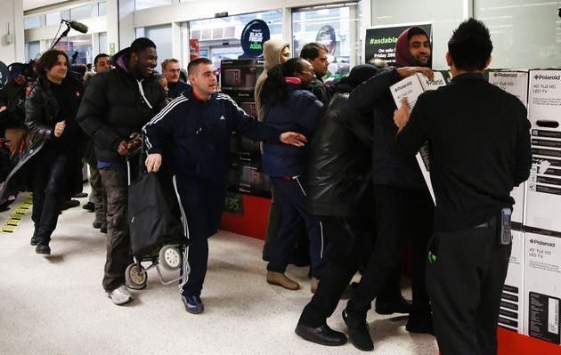 Chaotic scenes in 2014 encouraged shoppers to go online in the hunt for