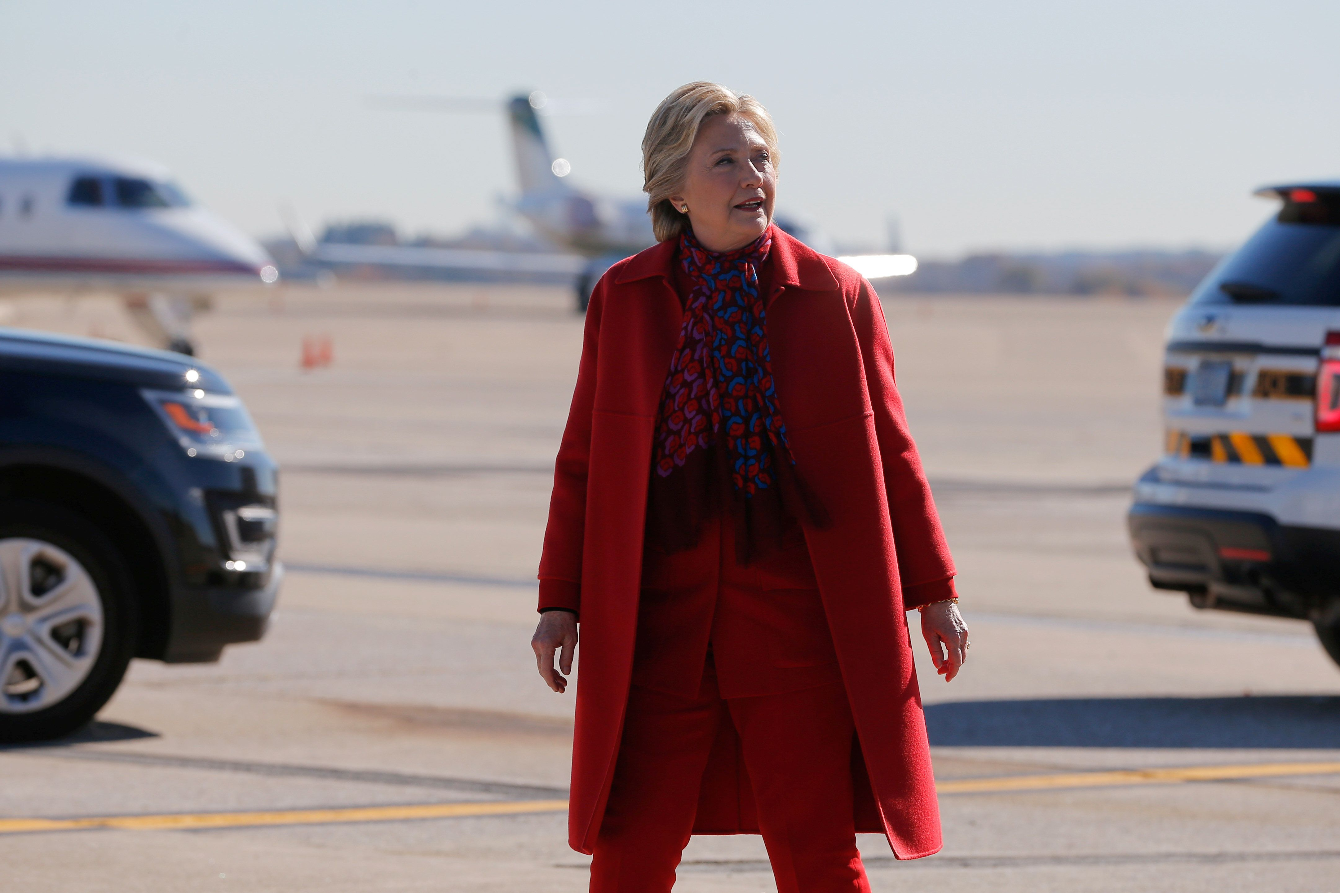 U.S. Democratic presidential nominee Hillary Clinton gets off her campaign plane for a rally in Pittsburgh, Pennsylvania, U.S. November 7, 2016, the final day of campaigning before the election.  REUTERS/Brian Snyder