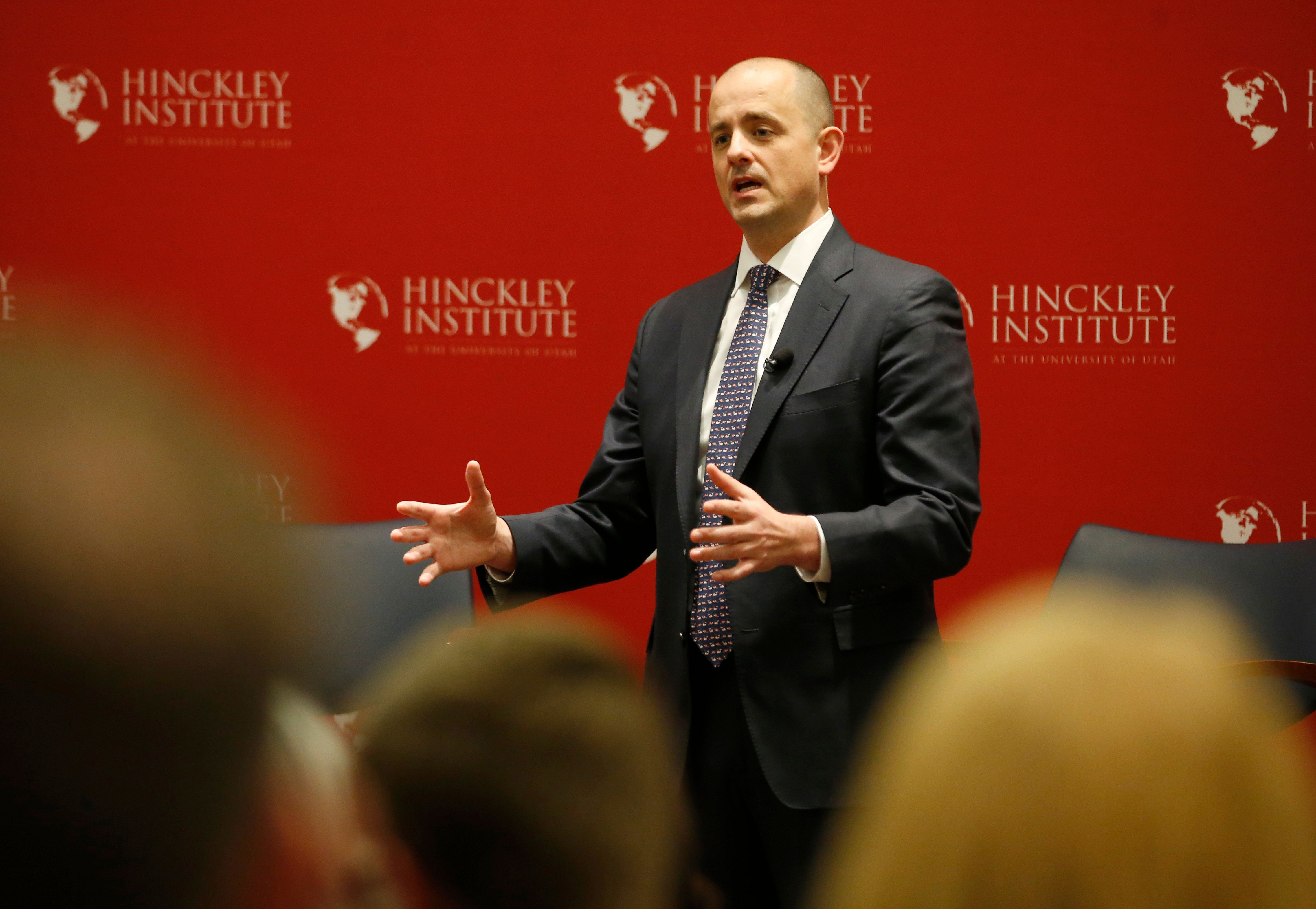US Independent presidential candidate Evan McMullin talks to students at the University of Utah's Hinckley institute on November 2, 2016 in Salt Lake City, Utah  Polls show McMullin in a tie with US Republican presidential candidate Donald Trump in Utah. / AFP / GEORGE FREY        (Photo credit should read GEORGE FREY/AFP/Getty Images)