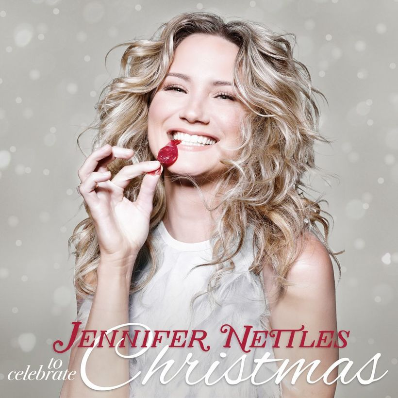Jennifer Nettles is Celebrating Christmas This Year with Debut ...