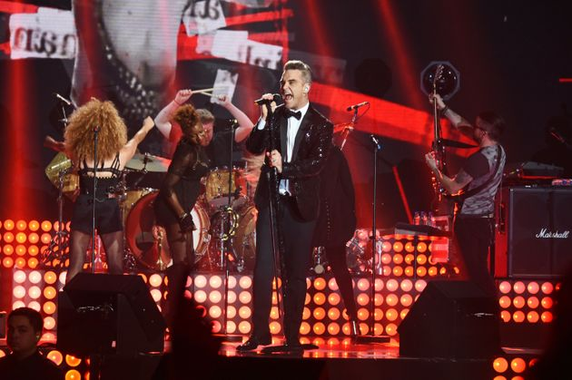 Robbie performed a gig at London's