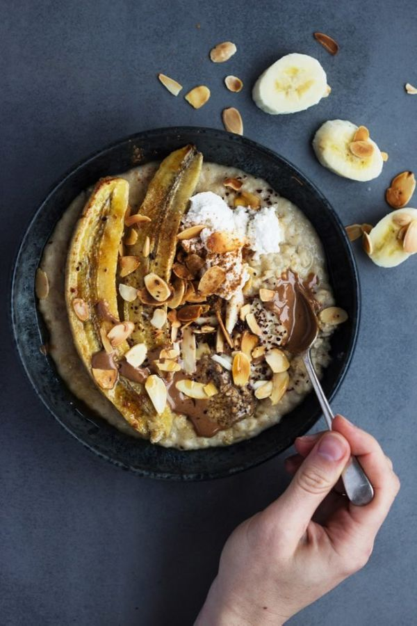 """<strong>Get the <a href=""""http://shanyaraleonie.com/2016/08/13/tahini-porridge-with-roasted-banana-toasted-almonds/"""" target=""""_"""