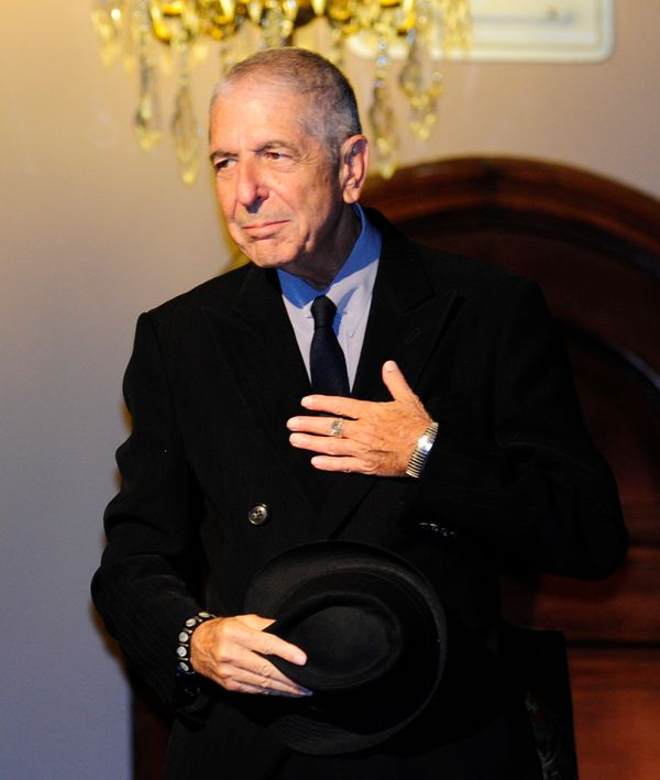 "Canadian singer Leonard Cohen acknowledges applauses at the Jovellanos Theatre before the concert ""A Tribute to Leonard Cohen"