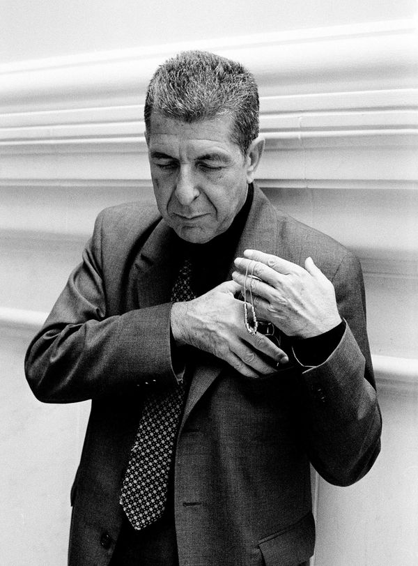Portrait of Canadian singer-songwriter Leonard Cohen, London, 2001. (Photo by Eamonn McCabe/Redferns)