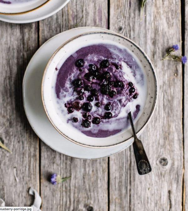 """<strong>Get the <a href=""""http://tuulia.co/blended-wild-blueberry-porridge/"""" target=""""_blank"""">Blended Wild Blueberry Porridge r"""