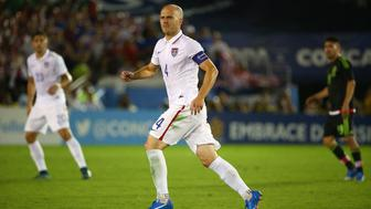 PASADENA, CA - OCTOBER 10:  Michael Bradley #4 of the United States pursues the play during the 2017 FIFA Confederations Cup Qualifying match against Mexico at Rose Bowl on October 10, 2015 in Pasadena, California. Mexico defeated the United States 3-2.  (Photo by Victor Decolongon/Getty Images)