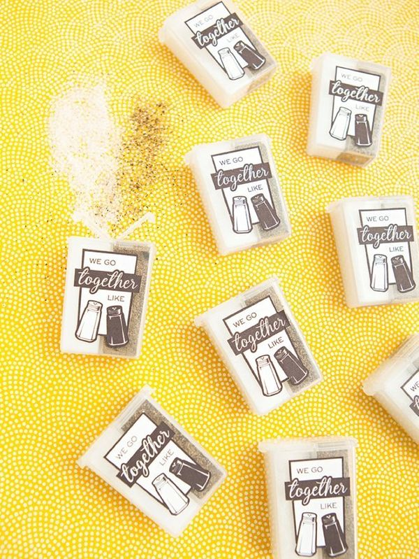 19 wedding favors that wont end up in the trash huffpost junglespirit Image collections