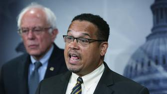 WASHINGTON, DC - SEPTEMBER 17:  U.S. Sen. Bernie Sanders (I-VT) (L) and Rep. Keith Ellison (D-MN) (R) speak to members of the media during a news conference about private prisons September 17, 2015 on Capitol Hill in Washington, DC. The legislators announced that they will introduce bills to ban private prisons.  (Photo by Alex Wong/Getty Images)