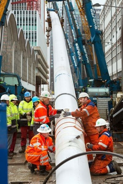 <em>Installing underground piping for Rotterdam's</em> <em>district heating system.</em>