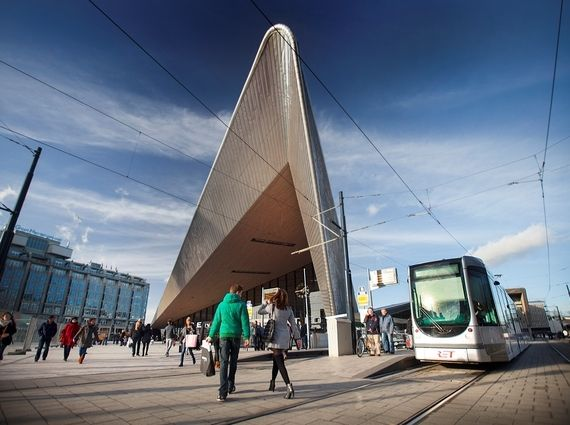 <em>Electric tram stop in front of Rotterdam's Central Railway Station.</em>