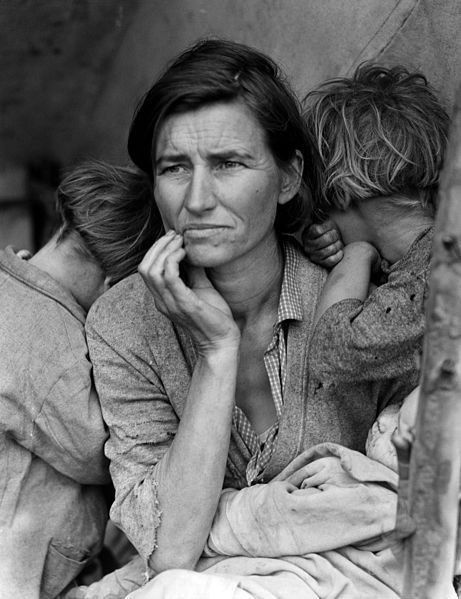 <em>The Migrant Mother</em>