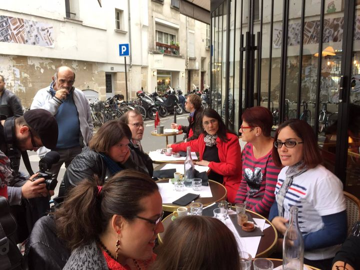<p><em>While vacationing in Paris in October 2015, Laurita and her family met with several French families living with spina bifida.</em></p>