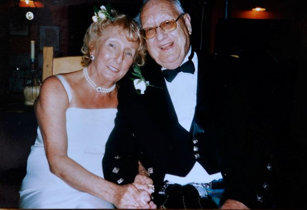 Collect picture of Helen Andre's third wedding to Dennis who passed away in 2010 also with cancer.