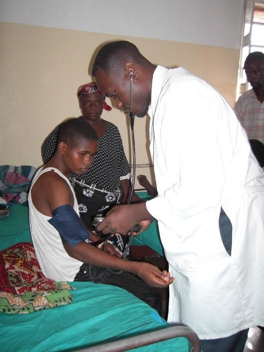 Dr. Wilfried Mutombo works as a local investigator for nonprofitDrugs for Neglected Diseases Initiative in the Democrat