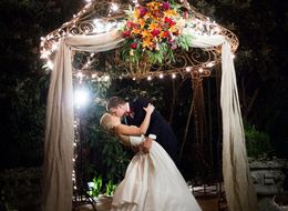 16 Love-Filled Real Wedding Photos To Make You Smile