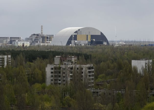 Watch The Astonishing Footage Of Chernobyl's Giant Radiation Shield Move Into