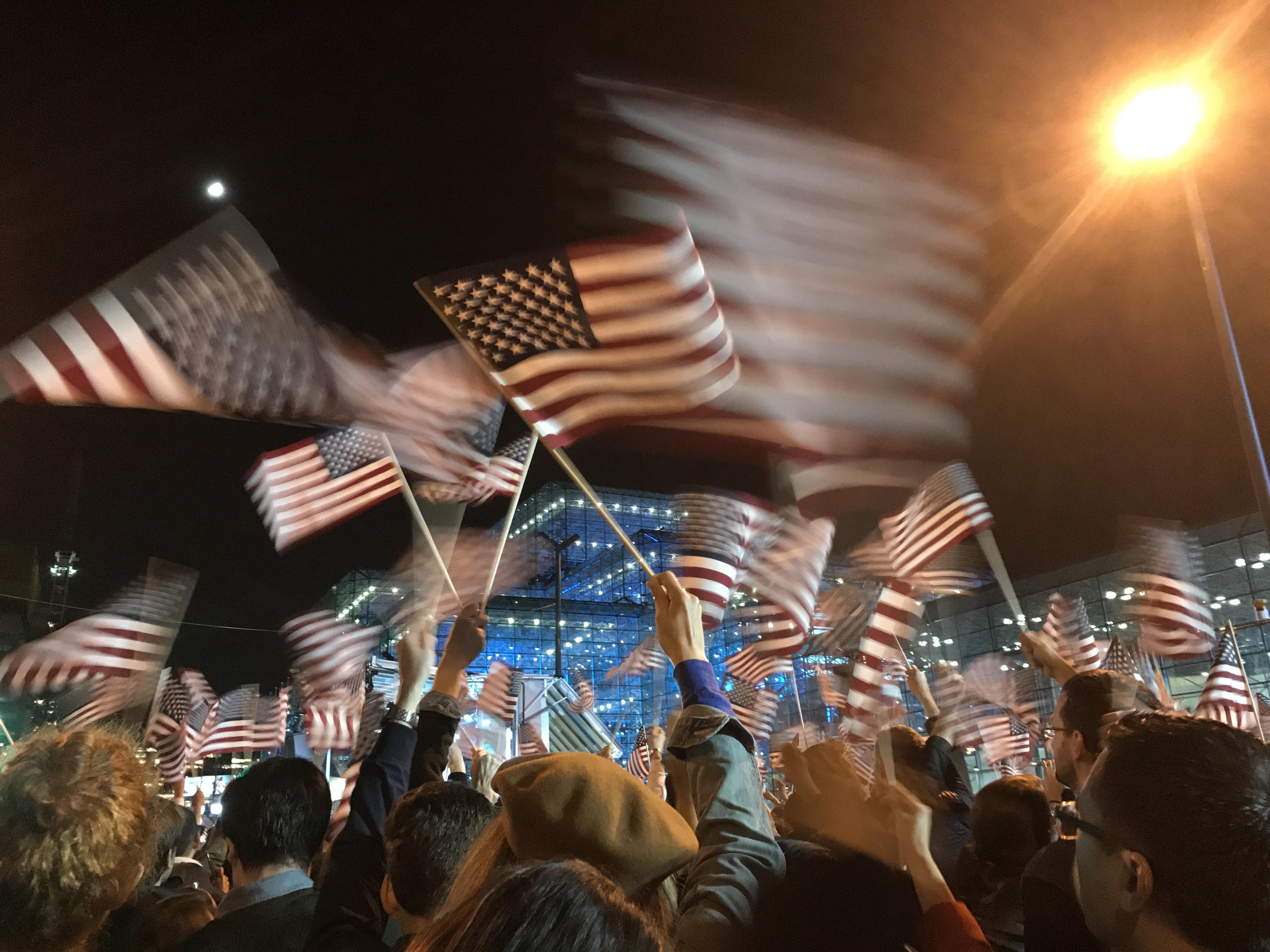 Photo by Kelly Case (November 8, Javits Center)
