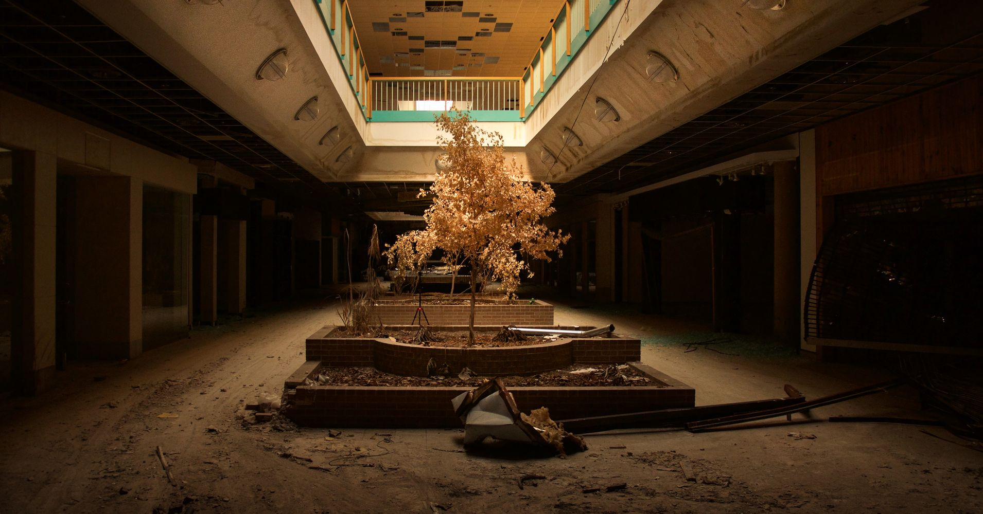 Abandoned shopping malls pictures Photos of