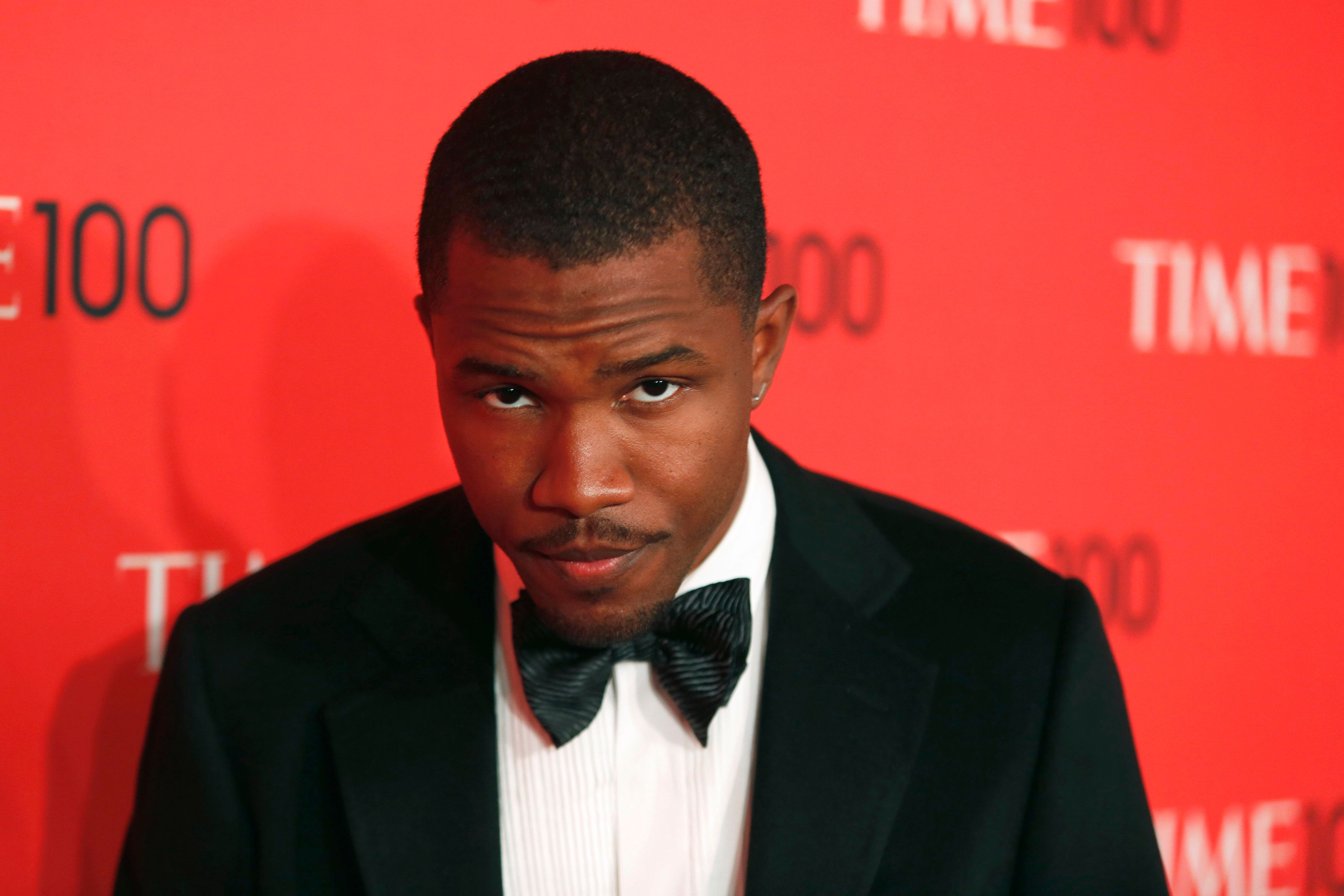 Singer Frank Ocean arrives for the Time 100 gala celebrating the magazine's naming of the 100 most influential people in the world for the past year, in New York, April 23, 2013. REUTERS/Lucas Jackson (UNITED STATES - Tags: ENTERTAINMENT)