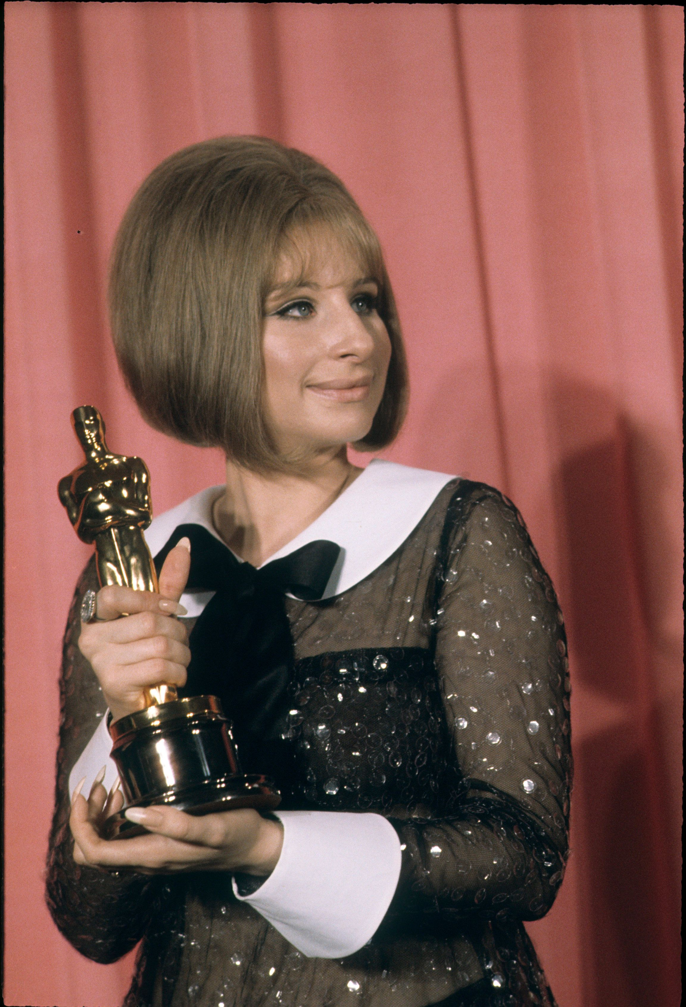 41ST ACADEMY AWARDS - Airdate: April 14, 1969. (Photo by ABC Photo Archives/ABC via Getty Images) BARBRA STREISAND, WINNER BEST ACTRESS FOR 'FUNNY GIRL'