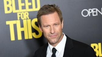 Actor Aaron Eckhart attends Open Road's New York premiere of 'Bleed For This' at AMC Lincoln Square on November 14, 2016 in New York City. / AFP / ANGELA WEISS        (Photo credit should read ANGELA WEISS/AFP/Getty Images)