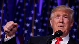 Republican U.S. president-elect Donald Trump speaks at his election night rally in Manhattan, New York, U.S., November 9, 2016. REUTERS/Carlo Allegri